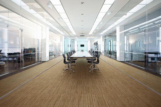 Văn phòng yên tĩnh, tập trung làm việc nhờ thảm trải sàn